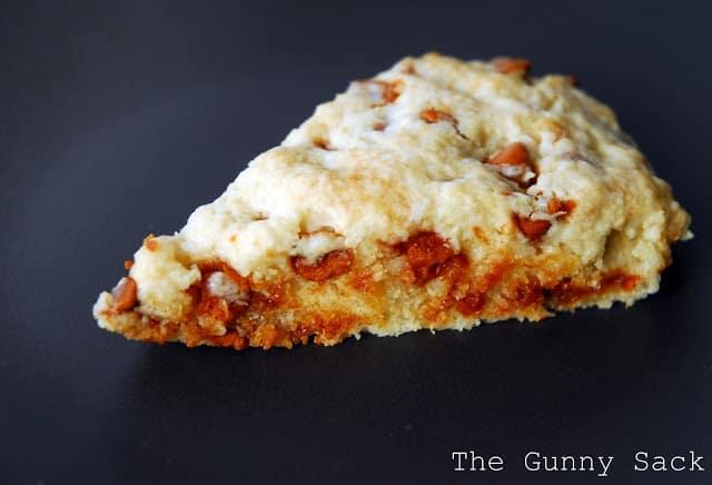 cinnamon scone