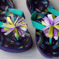 Tutorial Tuesday: Pom Pom Flower Sandals