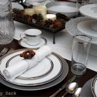 {Tablescape} Christmas Table Setting Reveal