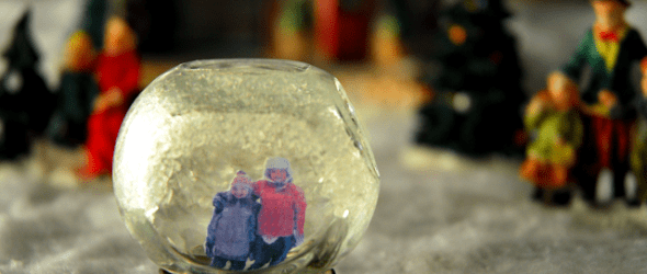 {Gunny Sack Youngsters} Mini Snow Globes