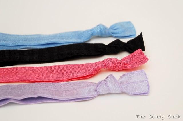 tie knots in elastic