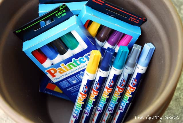 paint markers in a pot