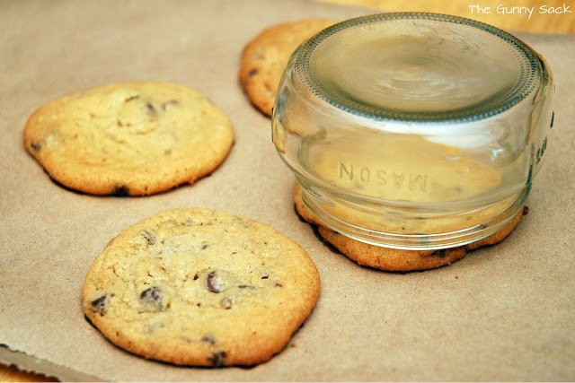 The Cookies Were A Little Too Big To Fit In The Jars. So, Using A Clean  Mason Jar Like A Cookie Cutter, I Cut The Fresh Cookies So That They Would  Fit ...