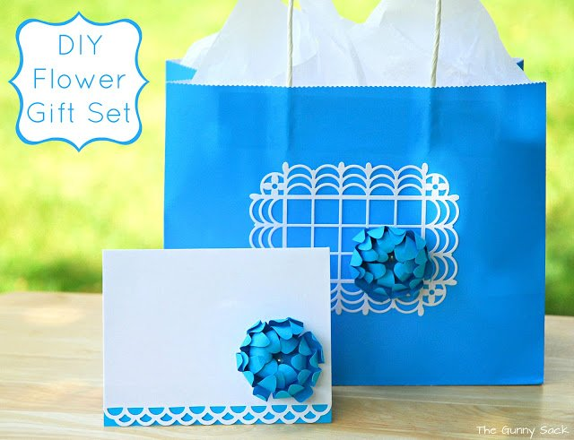 paper flower gift bag and card