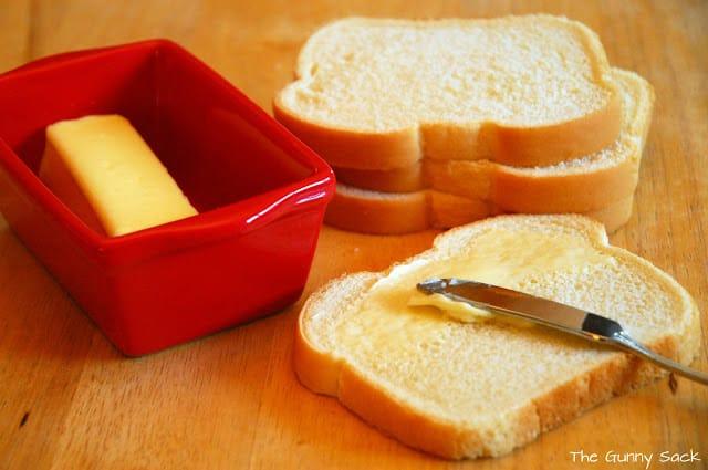 spread butter on bread