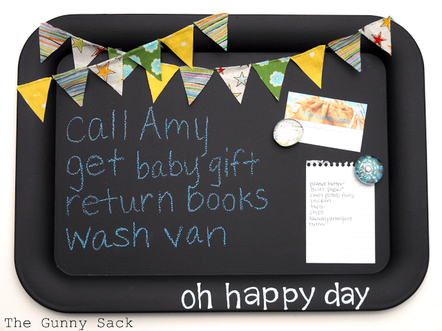 {handmade} Back to School – Magnetic Memo Chalkboard Tutorial with Bunting