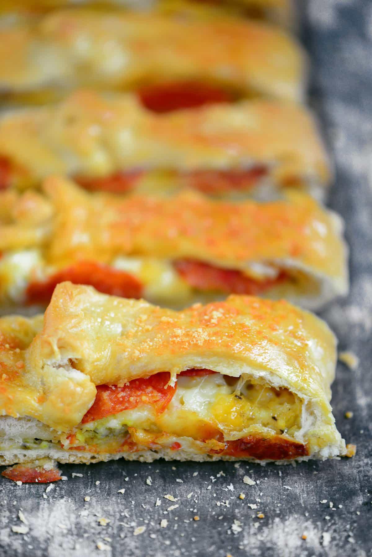 Easy Pepperoni Stromboli Recipe
