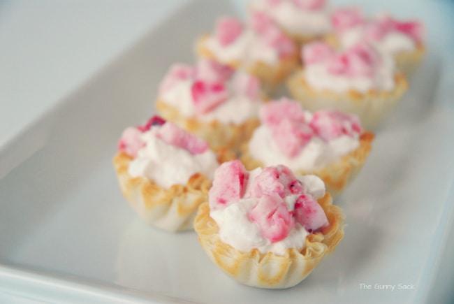 Strawberry and Cream Fruti Dessert