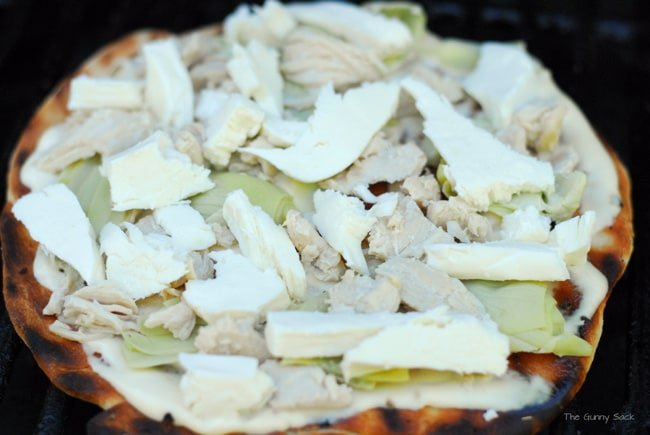 Chicken Alfredo Grilled Pizza Recipe