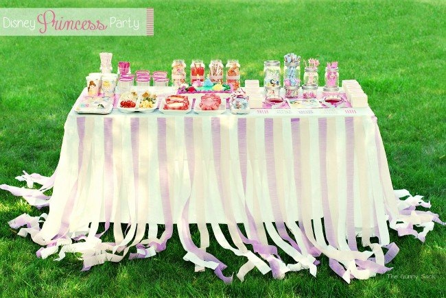 Disney Princess Party table