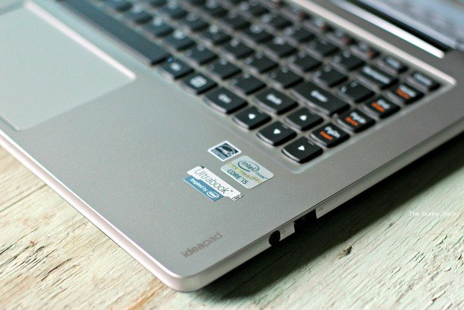Lenovo  IdeaPad U310 Ultrabook Stickers