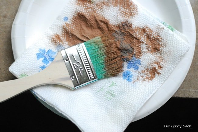 Paint Brown on Chipbrush