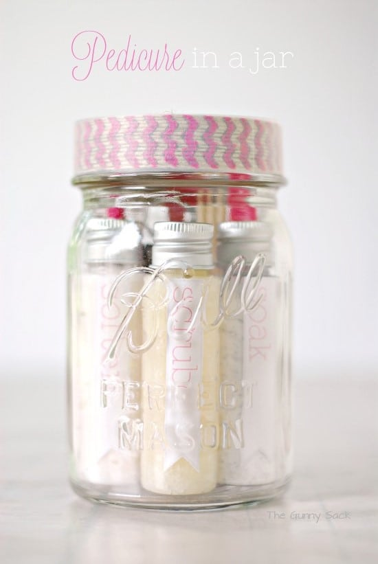 Spa in a jar gifts in a jar peppermint pampering gifts in a jar negle Choice Image
