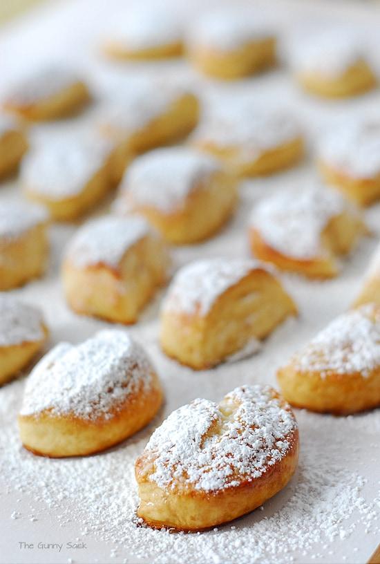 Sugar Coated Pretzel Nuggets