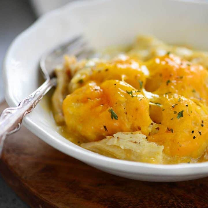 Slow Cooker Garlic and Herb Cheesy Chicken Dumplings