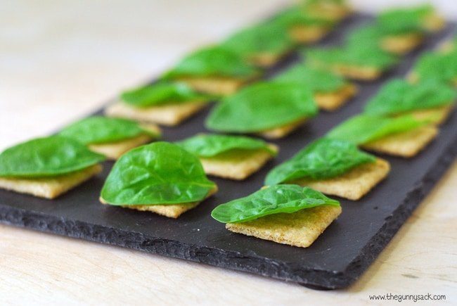 Spinach On Triscuits