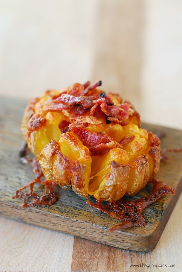 Bloomin' Baked Potato | Baked Potato Recipes To Drool Over