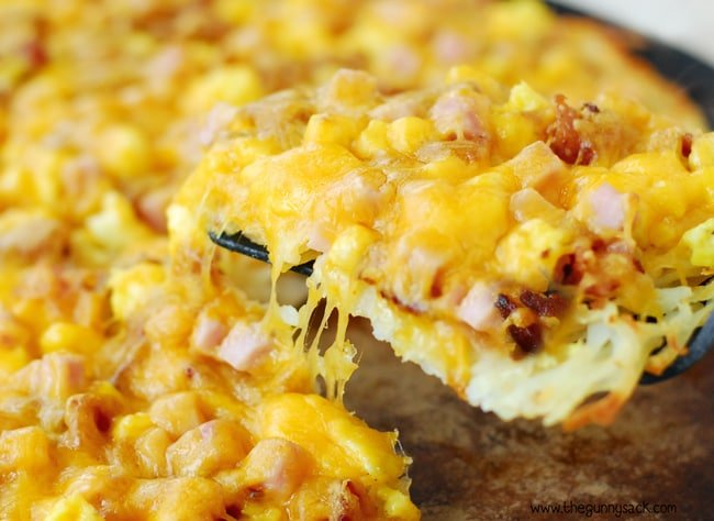 Breakfast Pizza with Hash Brown Crust - The Gunny Sack