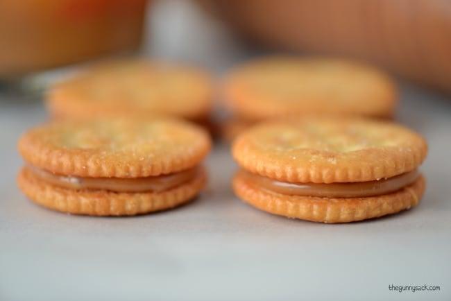 Carmel sandwich cookie recipe