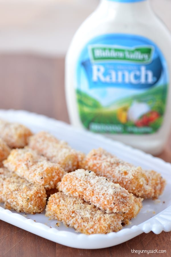 Buffalo Ranch Mozzarella Sticks with ranch dressing