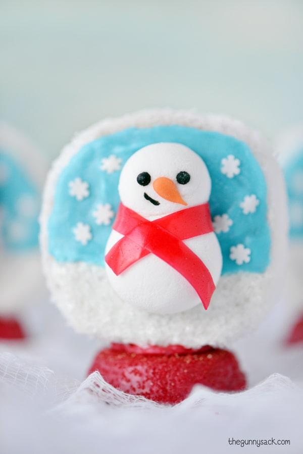 Snow globe Christmas cookie