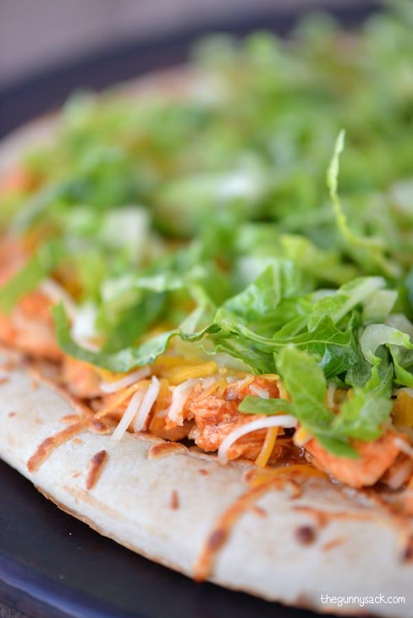 Southwest Taco Pizza Recipe #CampbellsSauces