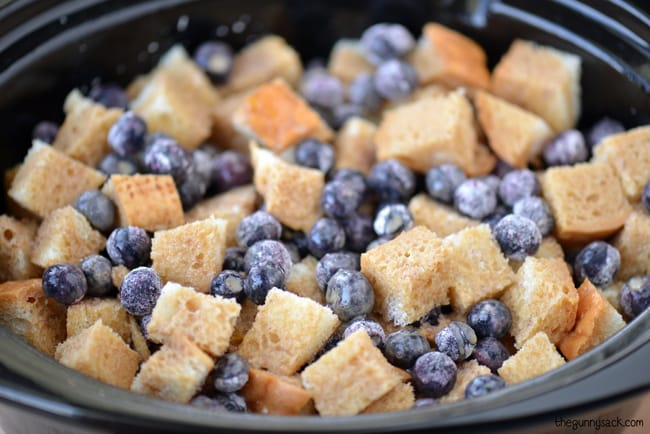 Crockpot Blueberry Bread Pudding
