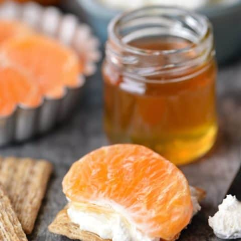 Honey Tangerine Cream Cheese Triscuit | thegunnysack.com