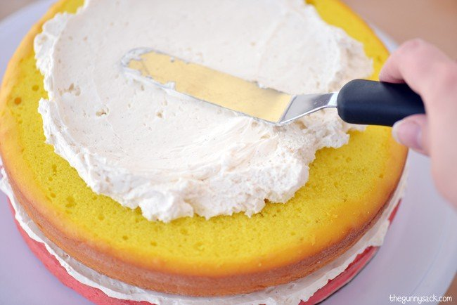 How To Frost A Layer Cake