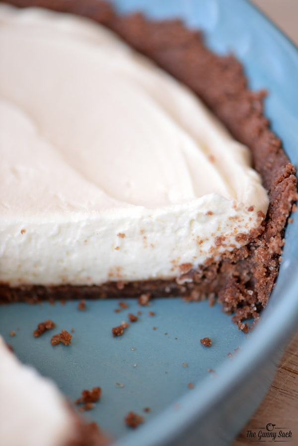 No Bake Cheesecake Recipe | thegunnysack.com