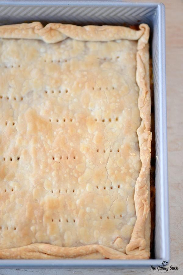 Baked Cheesy Ham and Potato Pot Pie