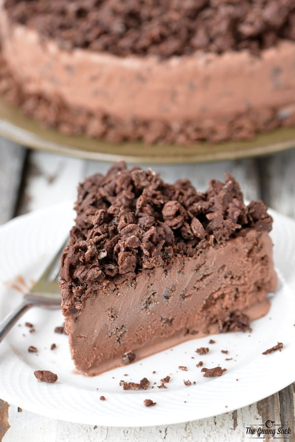 Chocolate Ice Cream Cake With Crunchy Cereal