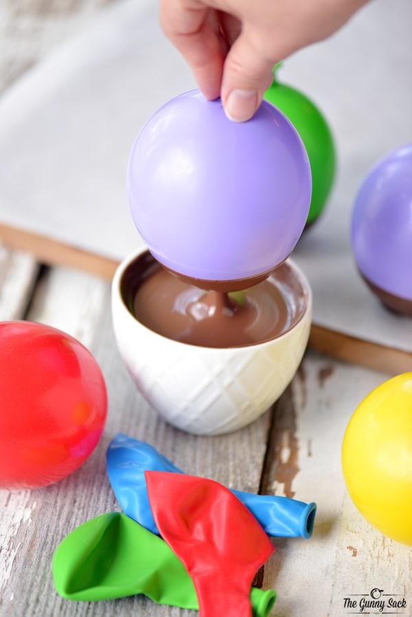 Chocolate Dipped Balloon Bowls | thegunnysack.com