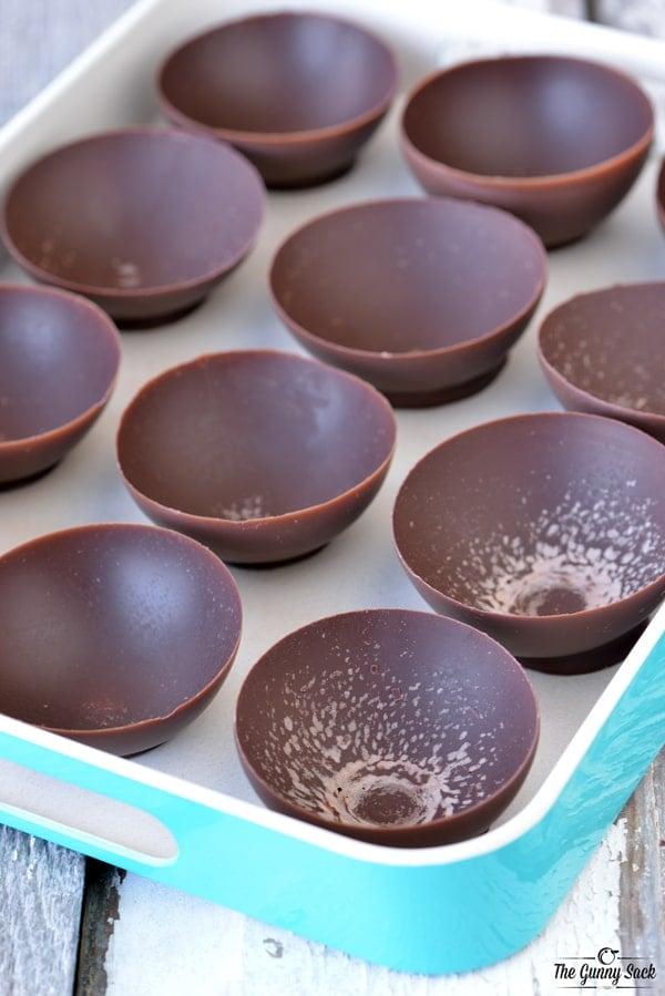 Chocolate Fruit Bowls | thegunnysack.com