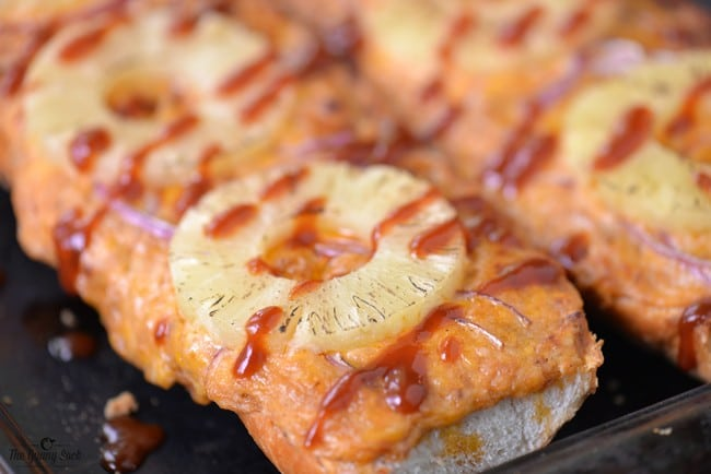 Hawaiian Pizza Bread
