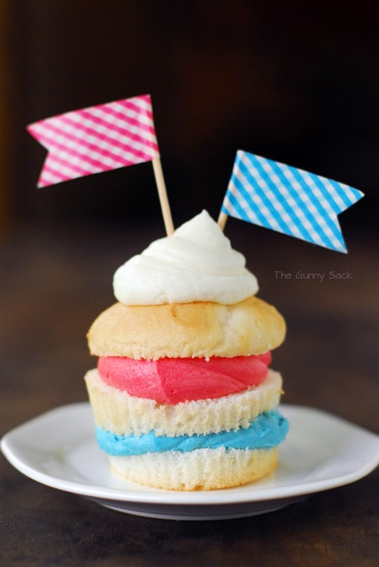 Red_White_Blue_Cupcake_Recipe