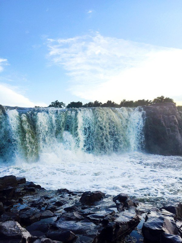 Big Sioux River Waterfall Sioux Falls, SD | thegunnysack.com