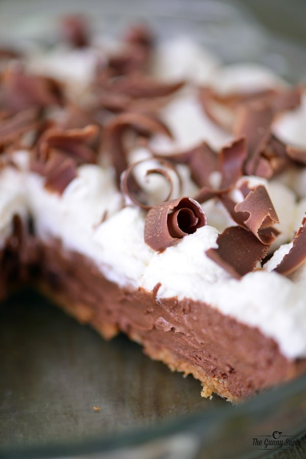 Easy French Silk Pie | thegunnysack.com
