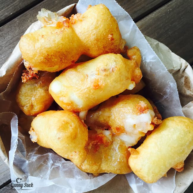 Fried Cheese Curds Recipe | thegunnysack.com