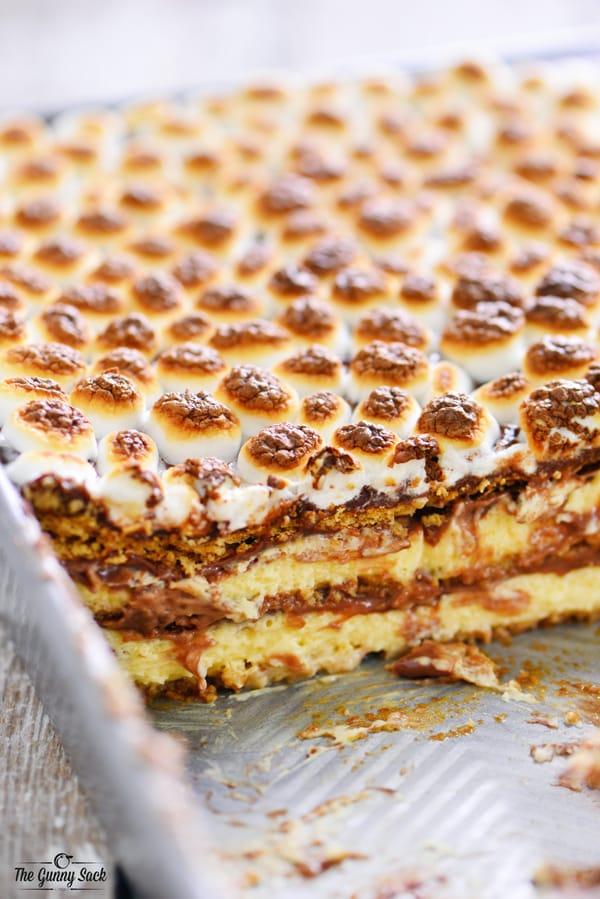 S'mores Eclair Cake Recipe | thegunnysack.com