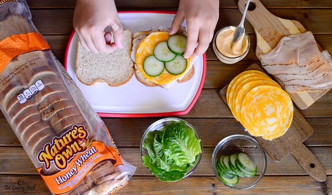 Turkey and Cheese Lunchbox Sandwich | thegunnysack.com