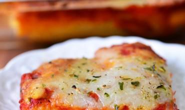 Cheesy Breadstick Pizza Recipe | thegunnysack.com