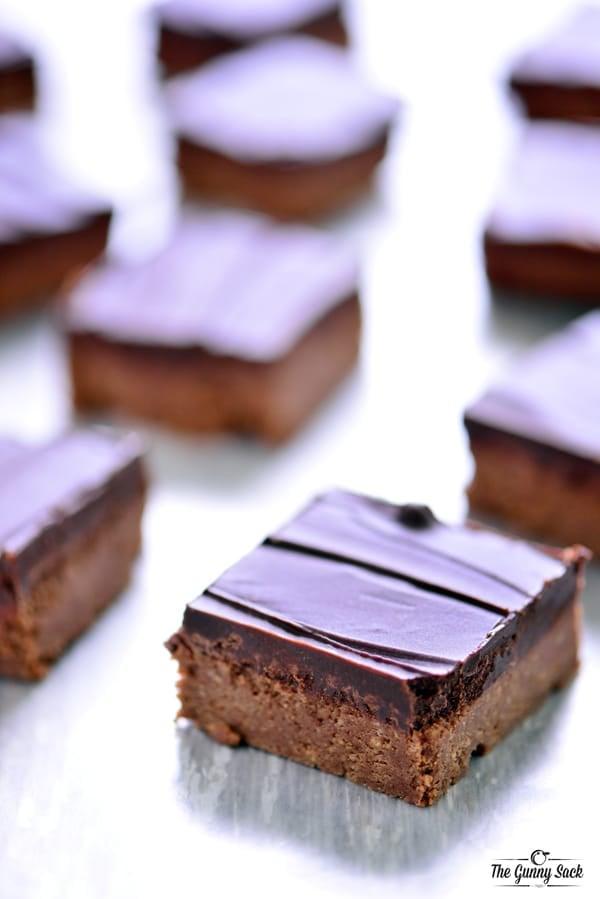 No Bake Nutella Bars sliced