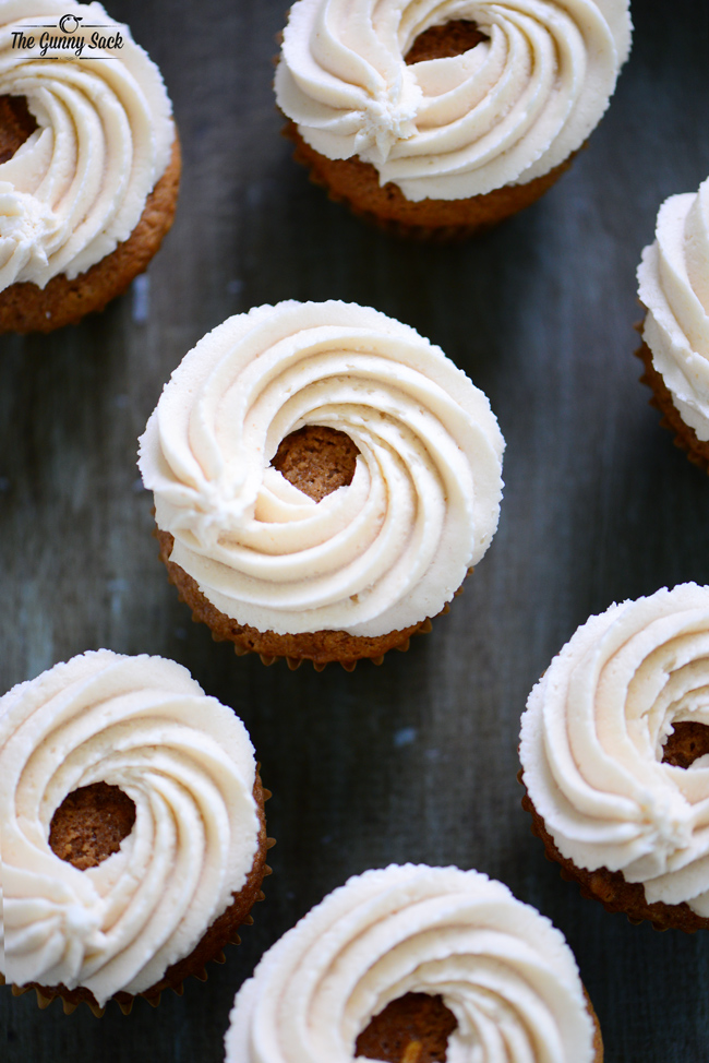 How To Swirl Frosting On Cupcake
