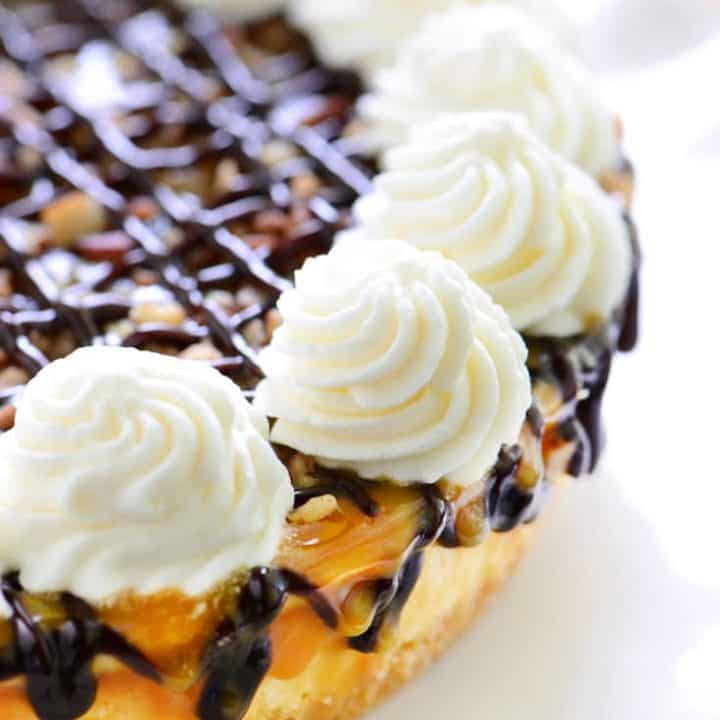 Easy Turtle Cheesecake Recipe