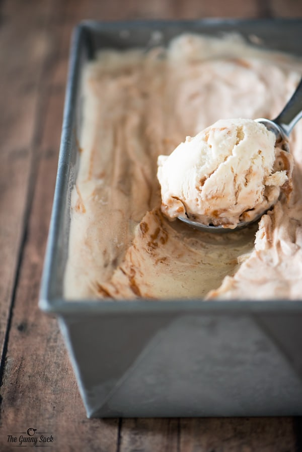 No Churn Gingerbread Ice Cream Recipe