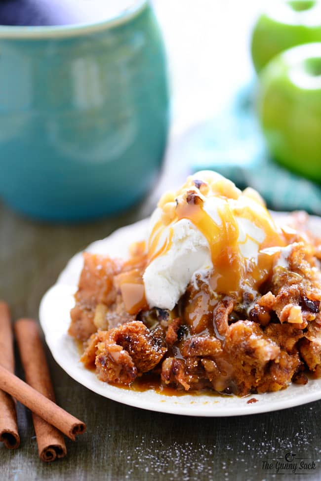 Slow Cooker Apple Walnut Bread Pudding Recipe