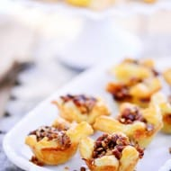 Apple Pecan Brie Bites