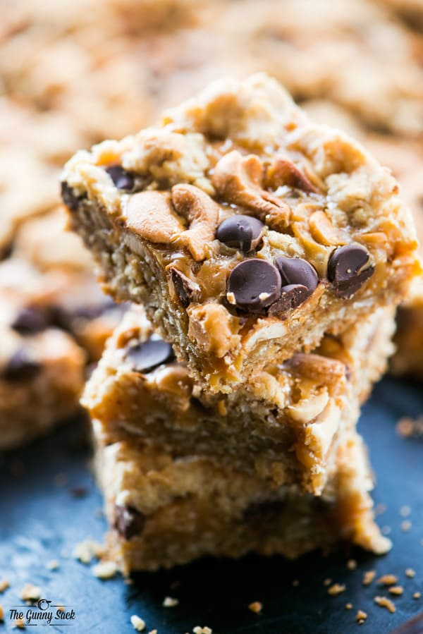Chewy Caramel Cashew Bars Slices