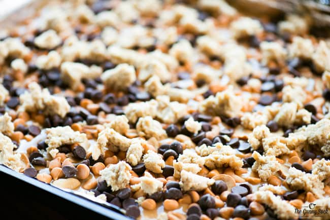 Chocolate Caramel Cashew Bars In Pan